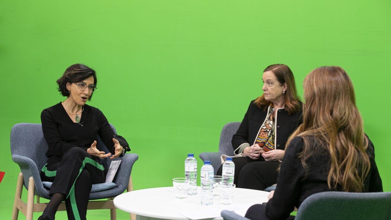 A ministra da agricultura no evento com a Presidente da Federação Portuguesa dos Bancos Alimentares Contra a Fome e da ENTRAJUDA e a jornalista